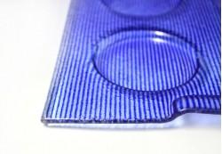 Bandeja de aperitivos en color azul
